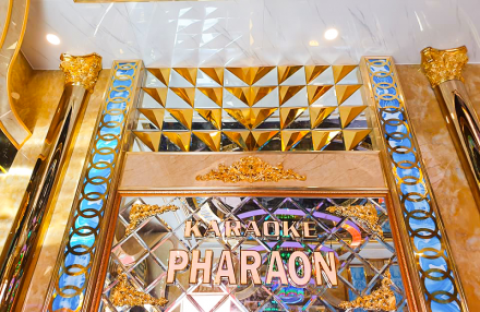 Tưng bừng khai trương Karaoke Pharaon Quận 9